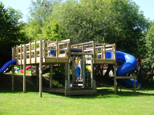 Brongwyn Holiday Cottages Cardigan - play-area