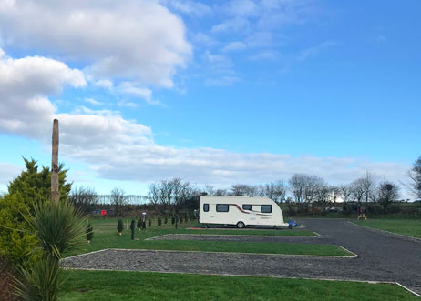 Campsite with sea views Llangrannog