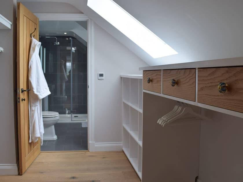 walk-in wardrobe and en-suite
