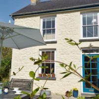 Glyn y Mor Aberporth Holiday Cottage