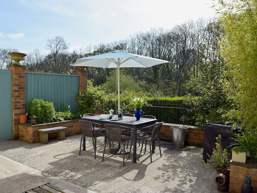 patio and garden Holiday Cottage Aberporth