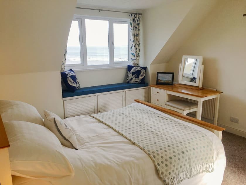 Aberporth. Self catering holiday cottages West Wales Golwg Y Graig Aberporth