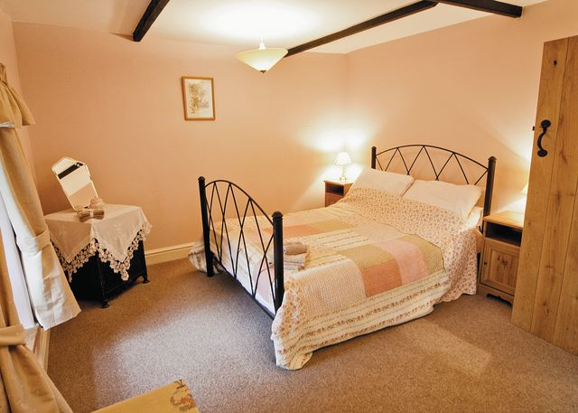 Llangrannog. Self catering holiday cottages West Wales Dol Llan Llangrannog
