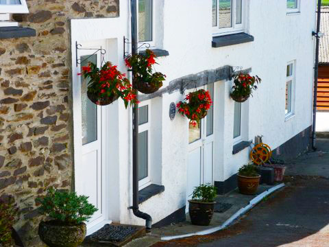Clyn Glas Holiday Cottages Newcastle Emlyn