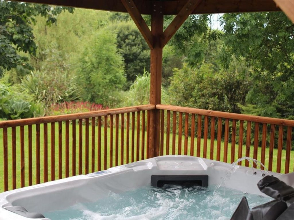Holiday Cottage with private hot tub New Quay Ceredigion
