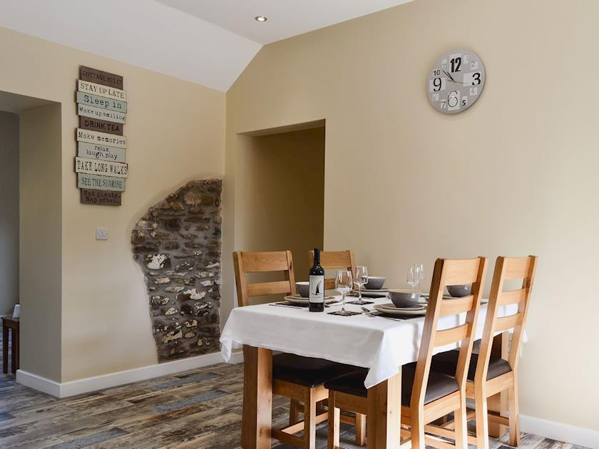 Aberaeron. Self catering holiday cottages West Wales Roath Cottage Aberaeron