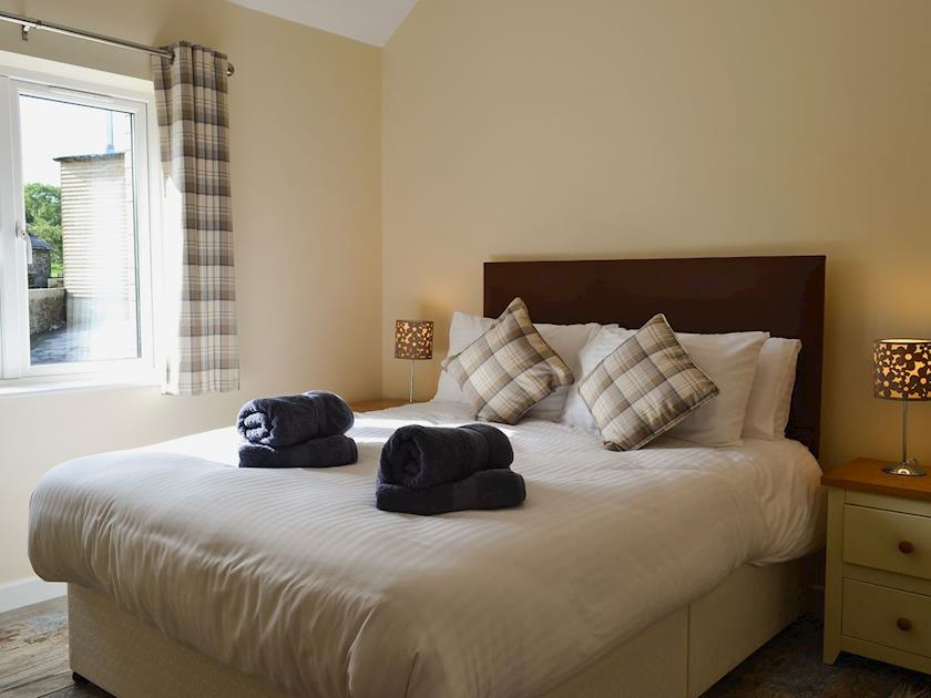 Aberaeron Holiday cottage wheelchair friendly - kingsize bed