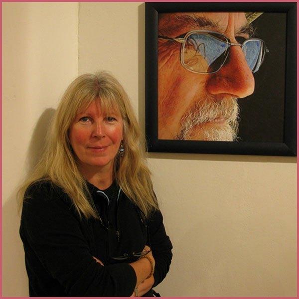 Portrait artist Sarah Hope