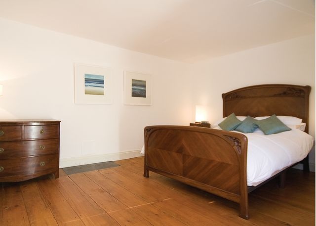 Aberaeron. Self catering holiday cottages West Wales Morawel Holiday Cottage Aberaeron