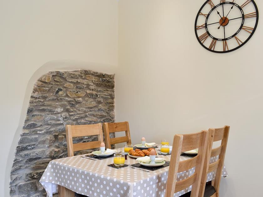 Aberaeron. Self catering holiday cottages West Wales Tawelfan Cottage Aberaeron
