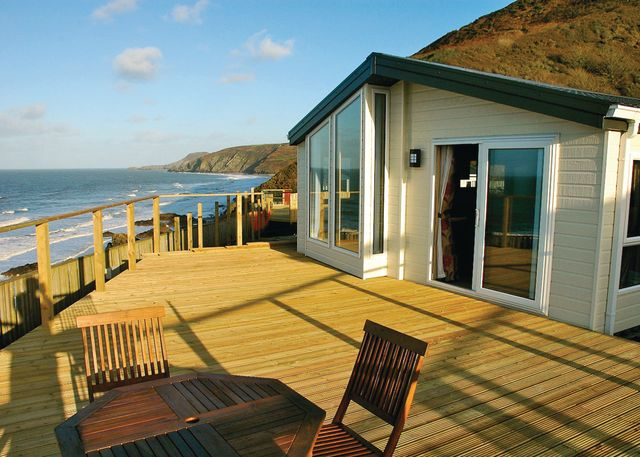 Tresaith Holiday Park – Gwalia Falls