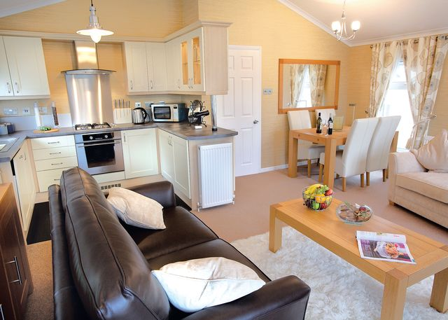 Tresaith Holiday Park - Gwalia Falls
